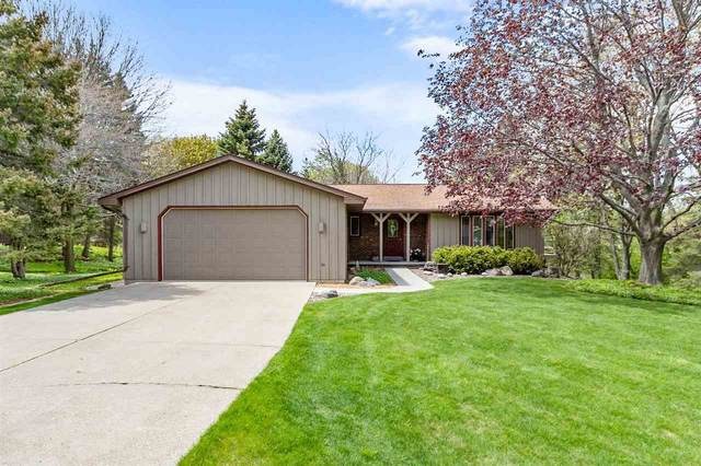 N7767 Sundown Court, Sherwood, WI 54169 (#50239891) :: Dallaire Realty