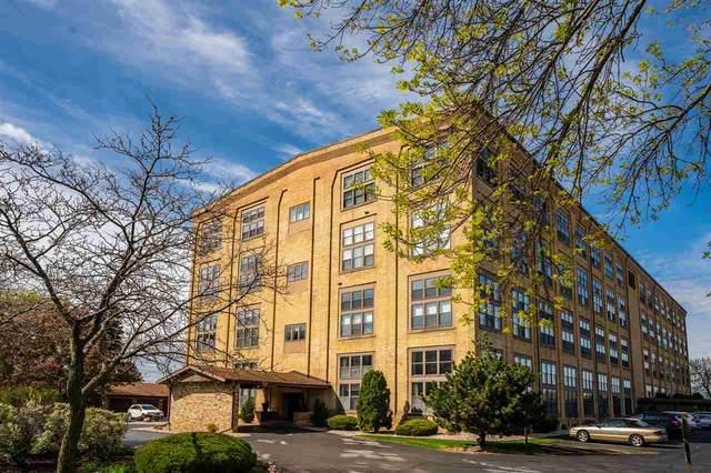1545 Arboretum Drive #313, Oshkosh, WI 54901 (#50239921) :: Ben Bartolazzi Real Estate Inc