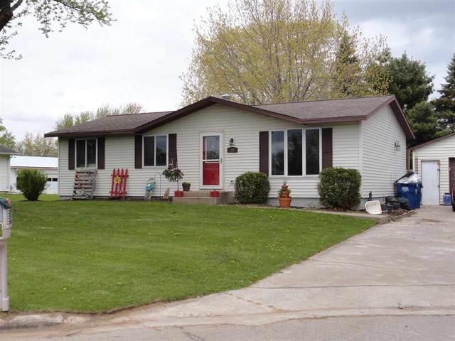 28 Camellia Court, Clintonville, WI 54929 (#50239931) :: Ben Bartolazzi Real Estate Inc