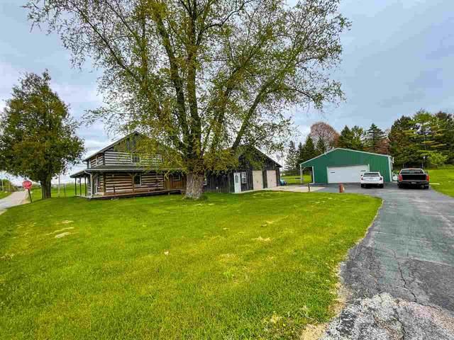 9296 Forest View Road, Kewaskum, WI 53040 (#50239933) :: Carolyn Stark Real Estate Team