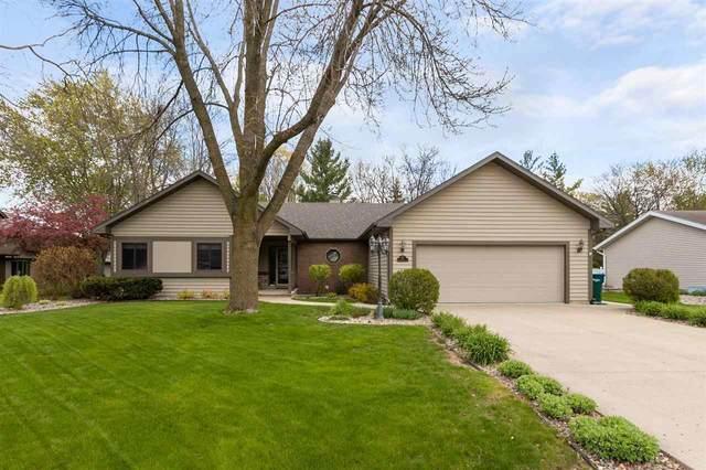 4611 W Grand Meadows Drive, Appleton, WI 54914 (#50239944) :: Ben Bartolazzi Real Estate Inc