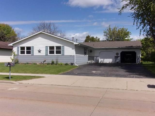 1180 W 18TH Avenue, Oshkosh, WI 54902 (#50239949) :: Ben Bartolazzi Real Estate Inc