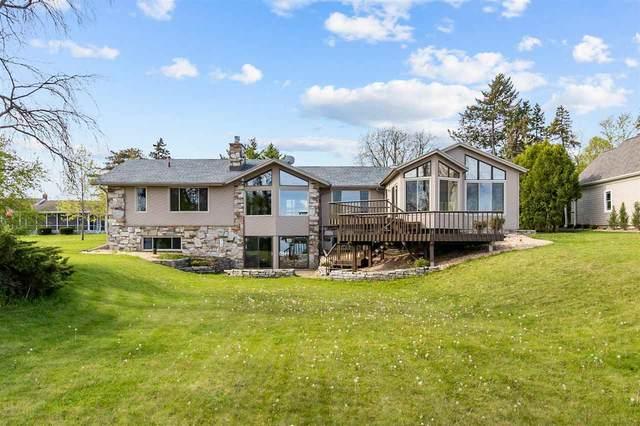 3780 Leonard Point Road, Oshkosh, WI 54904 (#50239950) :: Ben Bartolazzi Real Estate Inc