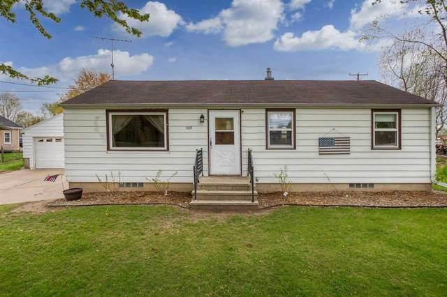 113 Waupaca Street, Clintonville, WI 54929 (#50239953) :: Ben Bartolazzi Real Estate Inc