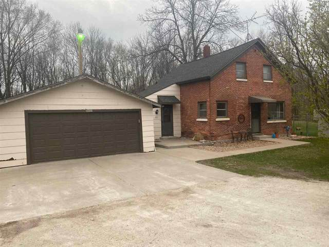 N9005 Hwy Ab, Luxemburg, WI 54217 (#50239959) :: Todd Wiese Homeselling System, Inc.