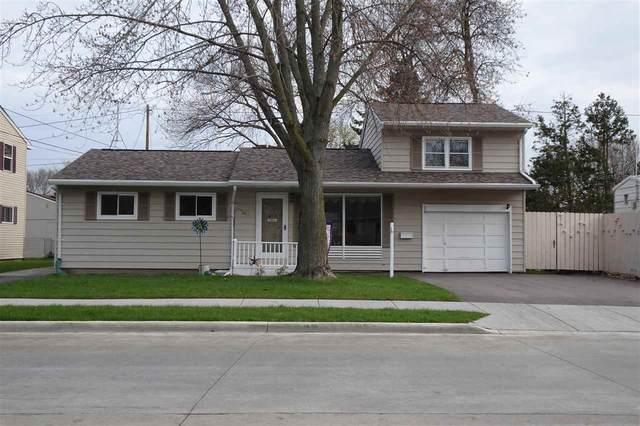 621 E Cecil Street, Neenah, WI 54956 (#50239963) :: Ben Bartolazzi Real Estate Inc