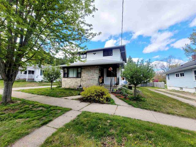 30 18TH Street, Clintonville, WI 54929 (#50239970) :: Todd Wiese Homeselling System, Inc.