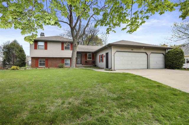 216 E Capitol Drive, Appleton, WI 54911 (#50239979) :: Carolyn Stark Real Estate Team