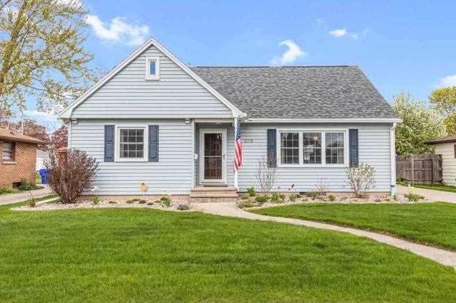 1018 E Byrd Street, Appleton, WI 54911 (#50240000) :: Carolyn Stark Real Estate Team