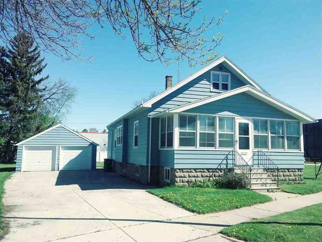 197 Winnebago Drive, Fond Du Lac, WI 54935 (#50240018) :: Todd Wiese Homeselling System, Inc.