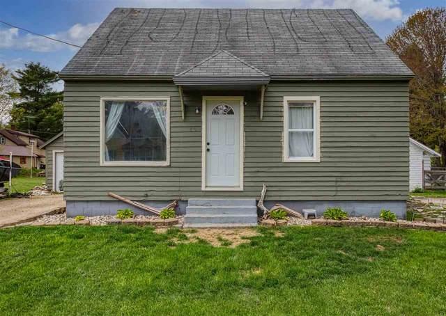 611 S Hamlin Street, Shawano, WI 54166 (#50240021) :: Todd Wiese Homeselling System, Inc.