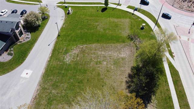Cardinal Lane, Green Bay, WI 54313 (#50240023) :: Todd Wiese Homeselling System, Inc.