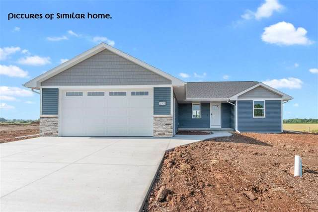 4140 Lakeland Drive, Omro, WI 54904 (#50240088) :: Town & Country Real Estate