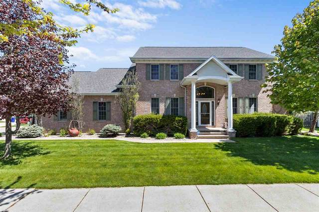 3020 E Fallcreek Lane, Appleton, WI 54913 (#50240123) :: Todd Wiese Homeselling System, Inc.