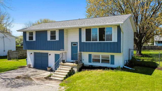 12873 Velp Avenue, Green Bay, WI 54313 (#50240157) :: Dallaire Realty
