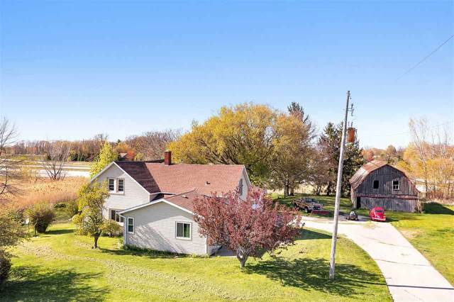 6155 Bader Road, Luxemburg, WI 54217 (#50240164) :: Todd Wiese Homeselling System, Inc.