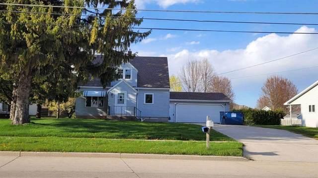 4428 Menasha Avenue, Manitowoc, WI 54220 (#50240181) :: Todd Wiese Homeselling System, Inc.
