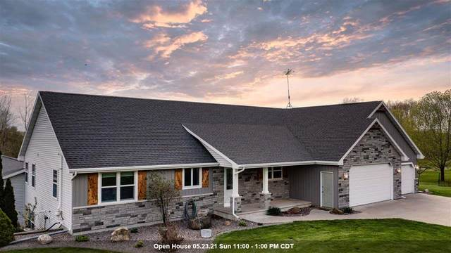 W10265 Gilwin Lane, Hortonville, WI 54944 (#50240234) :: Todd Wiese Homeselling System, Inc.