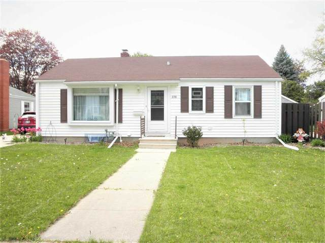 1138 Colonial Avenue, Green Bay, WI 54304 (#50240303) :: Dallaire Realty
