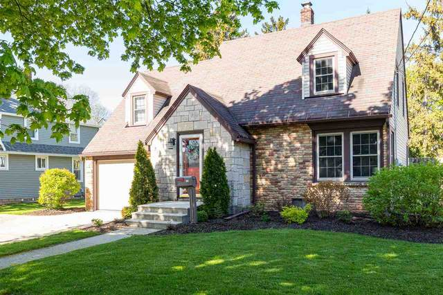 114 S Willow Street, Kimberly, WI 54136 (#50240314) :: Dallaire Realty