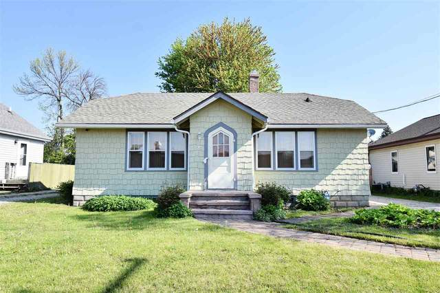 920 W Kamps Avenue, Appleton, WI 54914 (#50240330) :: Dallaire Realty