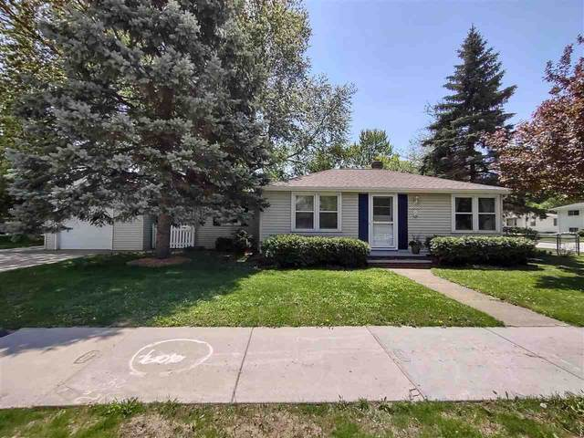 1403 E Fremont Street, Appleton, WI 54915 (#50240342) :: Todd Wiese Homeselling System, Inc.