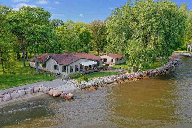 3554 Hwy S, Little Suamico, WI 54141 (#50240397) :: Carolyn Stark Real Estate Team