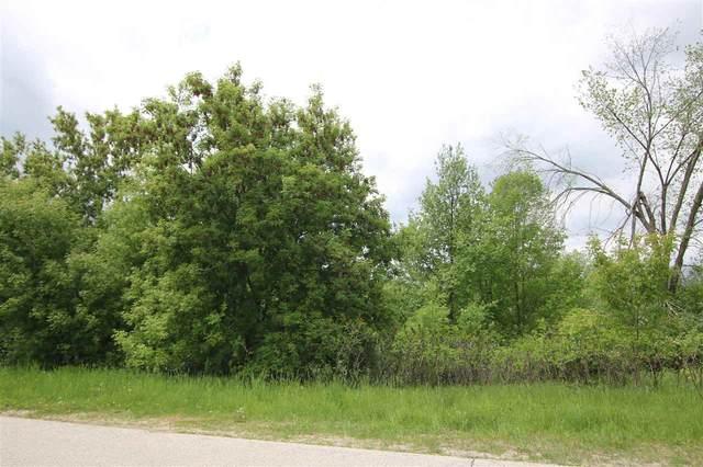 Red Oak Drive, Campbellsport, WI 53010 (#50240547) :: Carolyn Stark Real Estate Team
