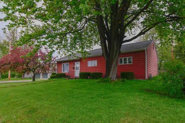 942 N 7TH Avenue, Sturgeon Bay, WI 54235 (#50240699) :: Carolyn Stark Real Estate Team