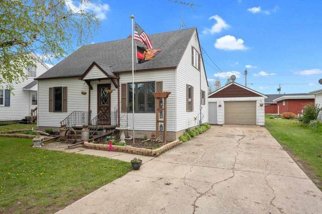 1006 Adams Street, Algoma, WI 54201 (#50240727) :: Town & Country Real Estate