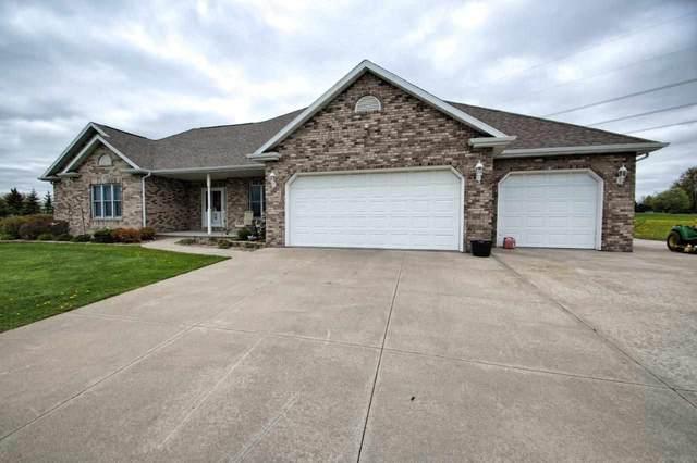 N1777 Julius Drive, Greenville, WI 54942 (#50240744) :: Carolyn Stark Real Estate Team