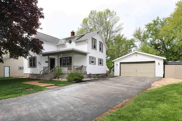 635 Columbus Avenue, Brillion, WI 54110 (#50240748) :: Carolyn Stark Real Estate Team