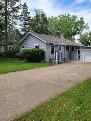 215 W Huron Street, Omro, WI 54963 (#50240776) :: Carolyn Stark Real Estate Team