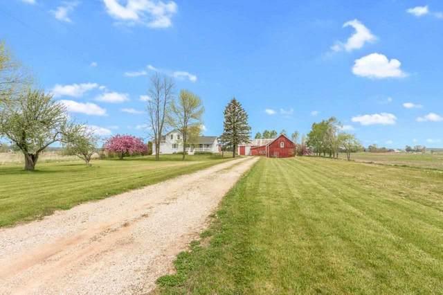 E5250 Hwy S, Algoma, WI 54201 (#50240783) :: Carolyn Stark Real Estate Team