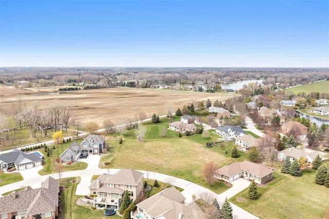 1098 Crown Pointe Circle, Suamico, WI 54173 (#50240793) :: Symes Realty, LLC