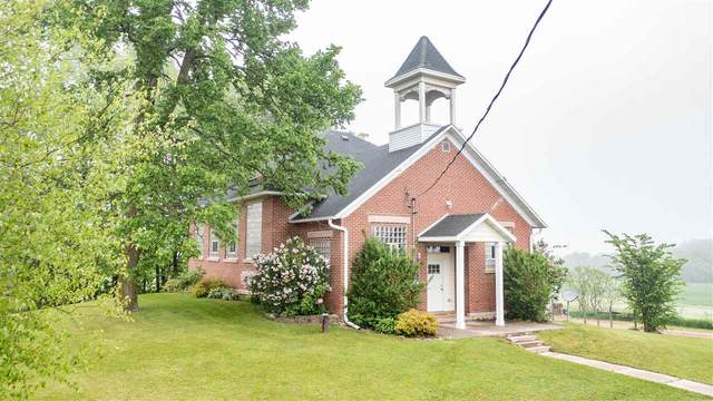 N10236 Town Hall Road, Marion, WI 54950 (#50240959) :: Todd Wiese Homeselling System, Inc.