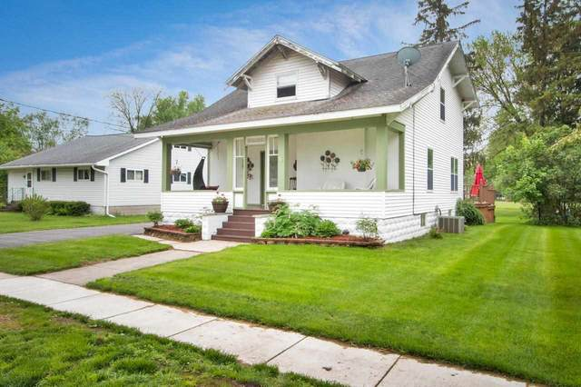 125 W Center Street, Wautoma, WI 54982 (#50240967) :: Carolyn Stark Real Estate Team
