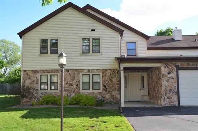 1820 Ridgeway Drive 41B, De Pere, WI 54115 (#50240970) :: Todd Wiese Homeselling System, Inc.