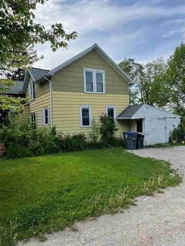 W7102 School Road, Greenville, WI 54942 (#50240979) :: Carolyn Stark Real Estate Team