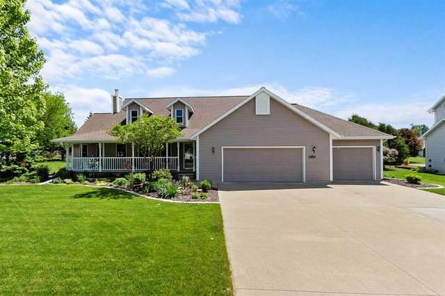 3480 N Thornberry Drive, Appleton, WI 54913 (#50241099) :: Carolyn Stark Real Estate Team