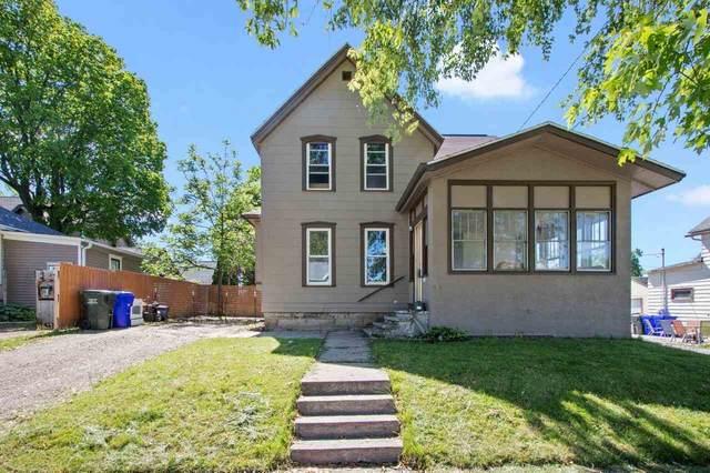 408 Main Avenue, Kaukauna, WI 54130 (#50241133) :: Carolyn Stark Real Estate Team
