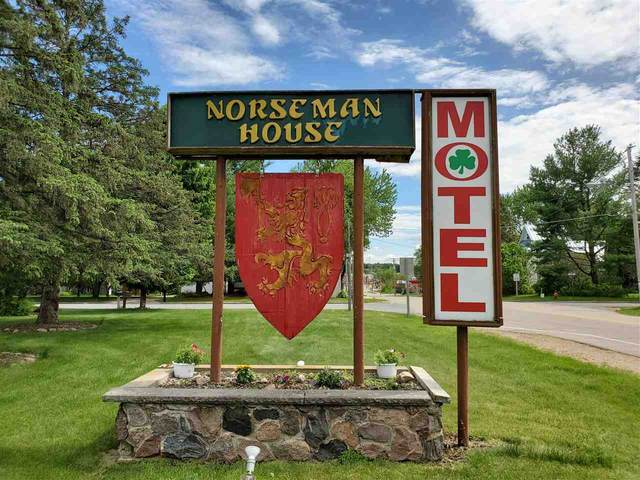 410 N Main Street, Iola, WI 54945 (#50241152) :: Dallaire Realty