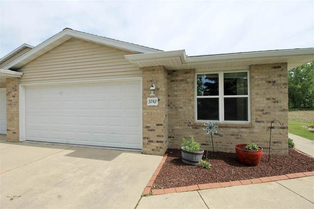 3742 Rose Garden Way, New Franken, WI 54229 (#50241160) :: Carolyn Stark Real Estate Team