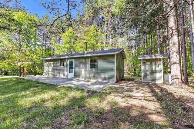 W7746 Trellis Road, Crivitz, WI 54114 (#50241202) :: Carolyn Stark Real Estate Team