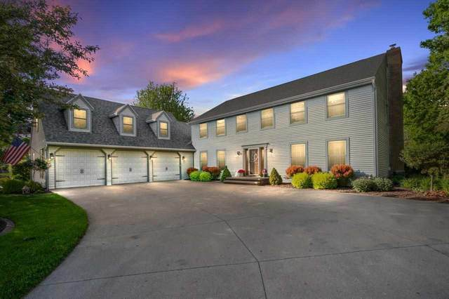 830 Millbrook Drive, Neenah, WI 54956 (#50241229) :: Todd Wiese Homeselling System, Inc.
