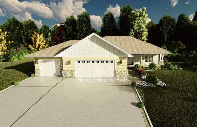 658 Covered Wagon Trail, Pulaski, WI 54162 (#50241261) :: Carolyn Stark Real Estate Team