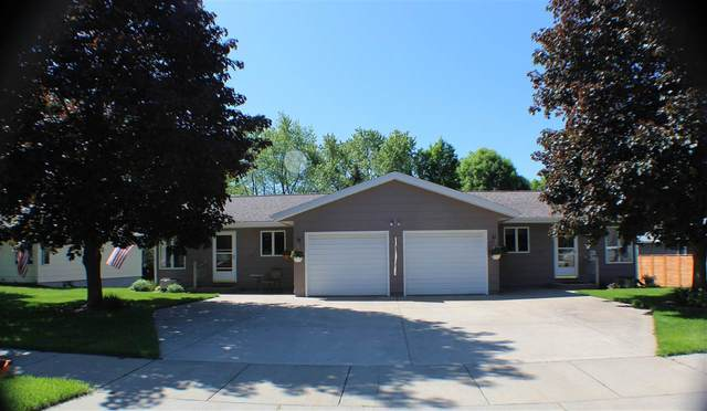 1607 Mitchell Avenue, Eau Claire, WI 54701 (#50241283) :: Todd Wiese Homeselling System, Inc.