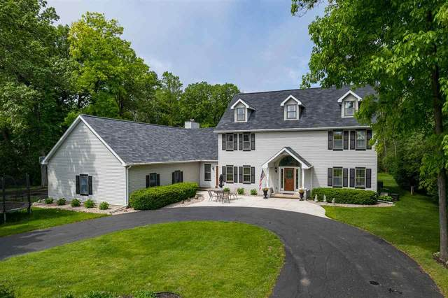 4625 Stonewood Drive, Oshkosh, WI 54902 (#50241307) :: Carolyn Stark Real Estate Team