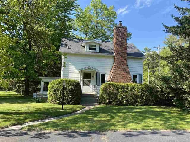 N2921 Shore Drive, Marinette, WI 54143 (#50241309) :: Carolyn Stark Real Estate Team