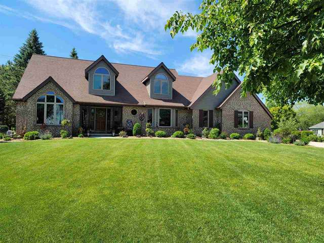 80 Deneveu Circle, Fond Du Lac, WI 54935 (#50241394) :: Todd Wiese Homeselling System, Inc.